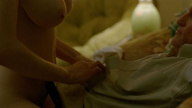 Vídeos Porno de Alyssa Milano Lesbian Scene