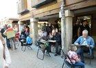 Haciendo caricaturas en el casco viejo de Alcalá - Nani