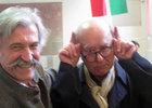 Luis Humberto Marcos, director del Museu y Georges Wolinski, en una pose humorística