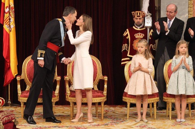 La reina letizia se salta las normas en su primer d a de - Casa de los reyes de espana ...