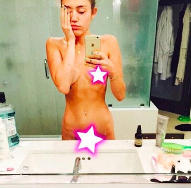 Miley cyrus upskirt durante los premios vma