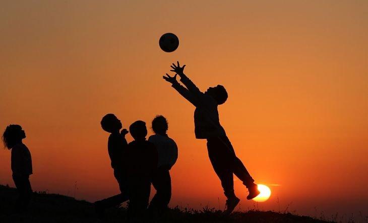 Beneficios Del Futbol Para Los Ninos Deportes Mundiario