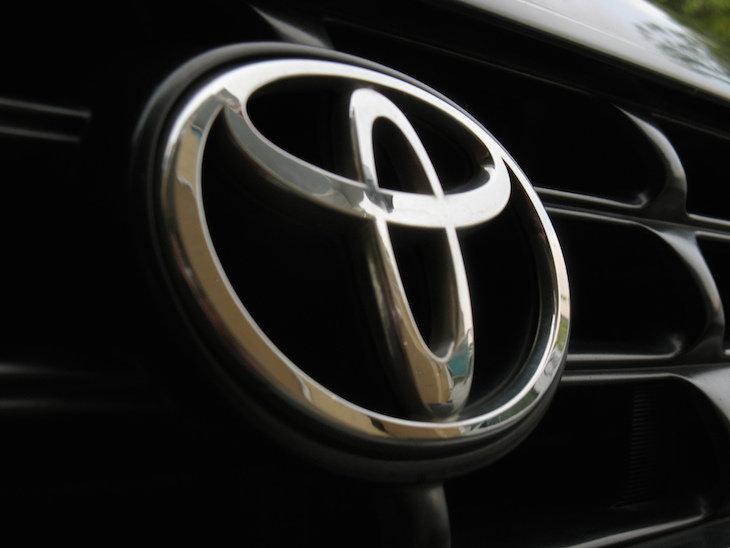 Toyota libera las patentes de vehículos híbridos para promover la tecnología
