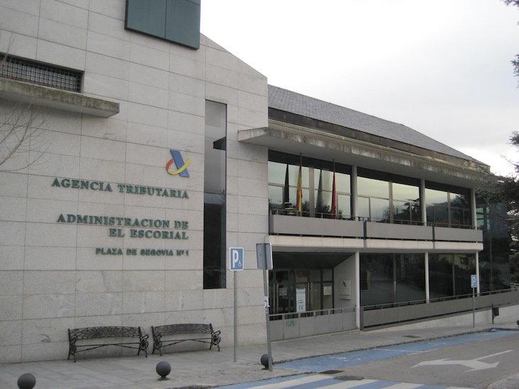 Los inspectores de hacienda avisan de que la agencia tributaria est colapsada econom a - Oficina hacienda madrid ...