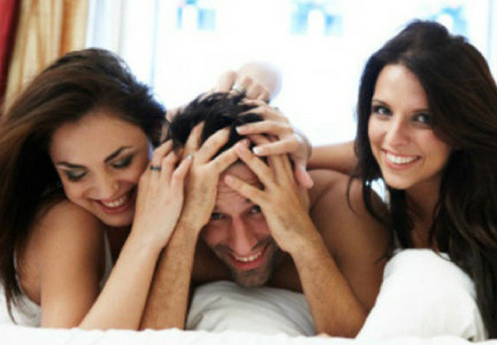 trio de parejas