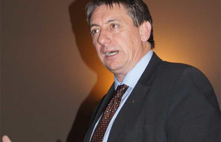 El ministro del interior belga defiende al govern cesado y for Ministro de interior espana