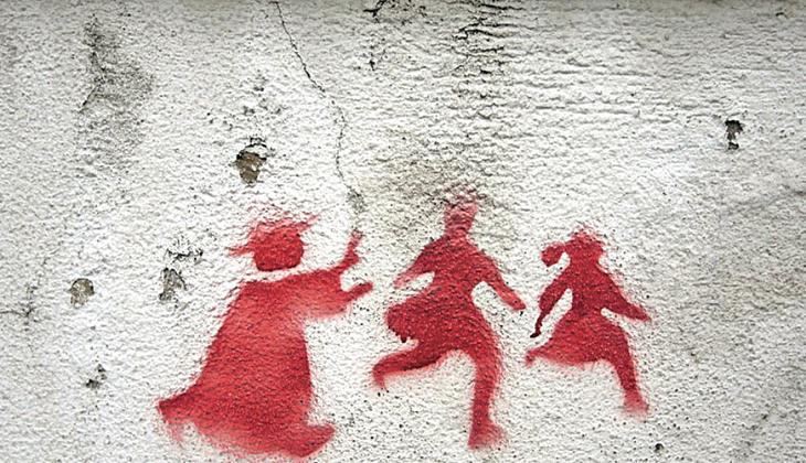 Pintada anónima alusiva a los abusos sexuales del clero. / VN Digital