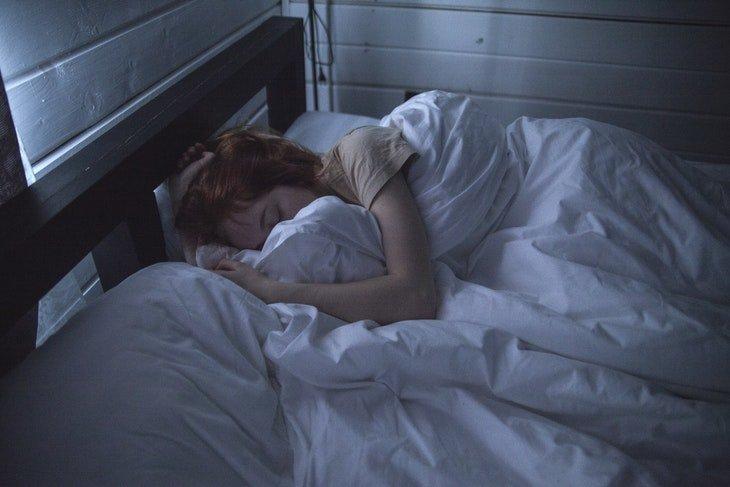 sudoracion nocturna sin fiebre