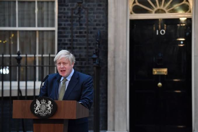 Boris Johnson en Downing Street. / RR SS