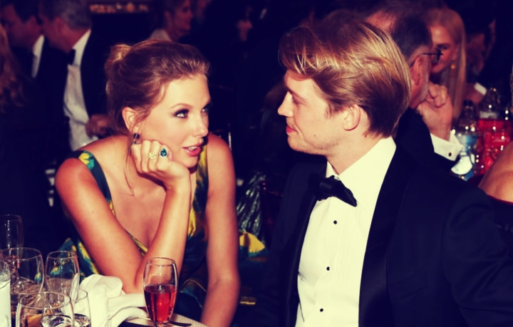 Taylor Swift, cantante y Joe Alwyn, actor. Instagram.