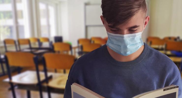 Mascarillas y la ventilación, más efectivas contra la Covid que la distancia