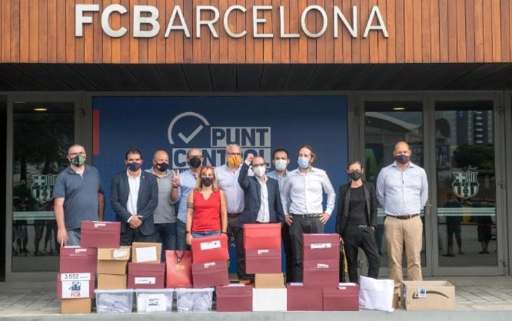La plantilla del Barcelona rechaza la nueva rebaja salarial — Problemas para Bartomeu
